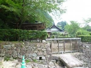 總見寺仮本堂(家康邸址)